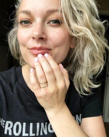 how to get DIY dip nails at home with these step-by-step instructions by beauty and lifestyle blogger, Kendra Stanton