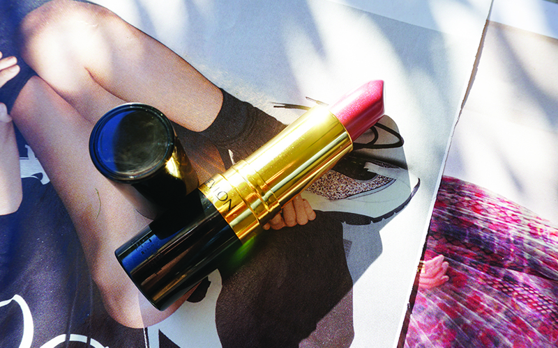 Get this gorgeous lipstick color that's non-toxic and from a drugstore with beauty and lifestyle blogger, Kendra Stanton.