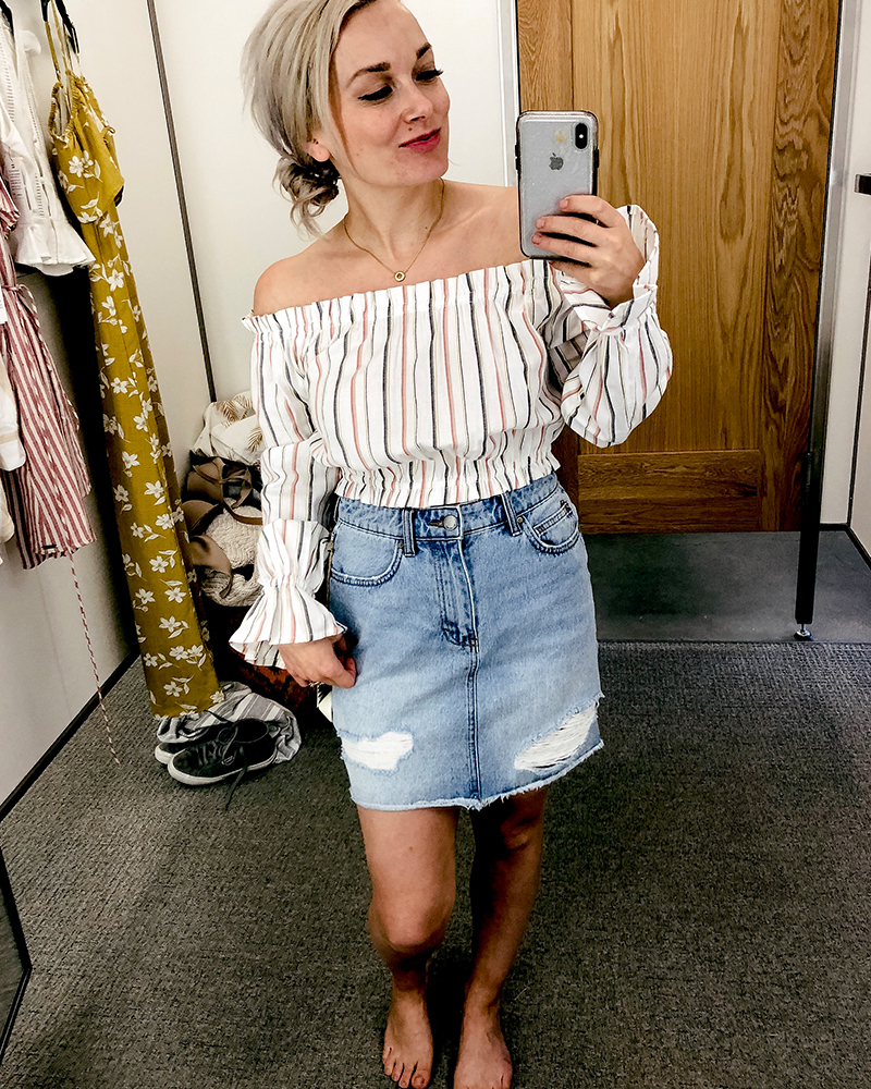 Beauty and lifestyle blogger, Kendra Stanton brings you a try on haul feature this jean skirt and cropped striped boho off shoulder blouse with sincerely jules dress from Billabong.