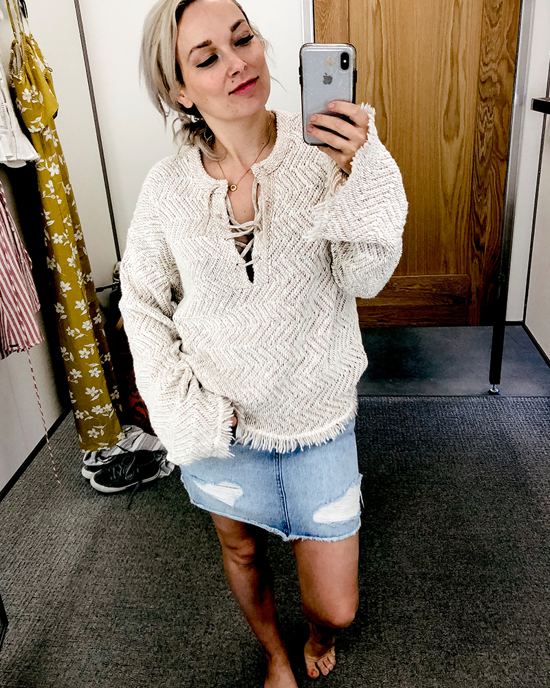 Beauty and lifestyle blogger, Kendra Stanton brings you a try on haul feature this sincerely jules boho sweater from Billabong.