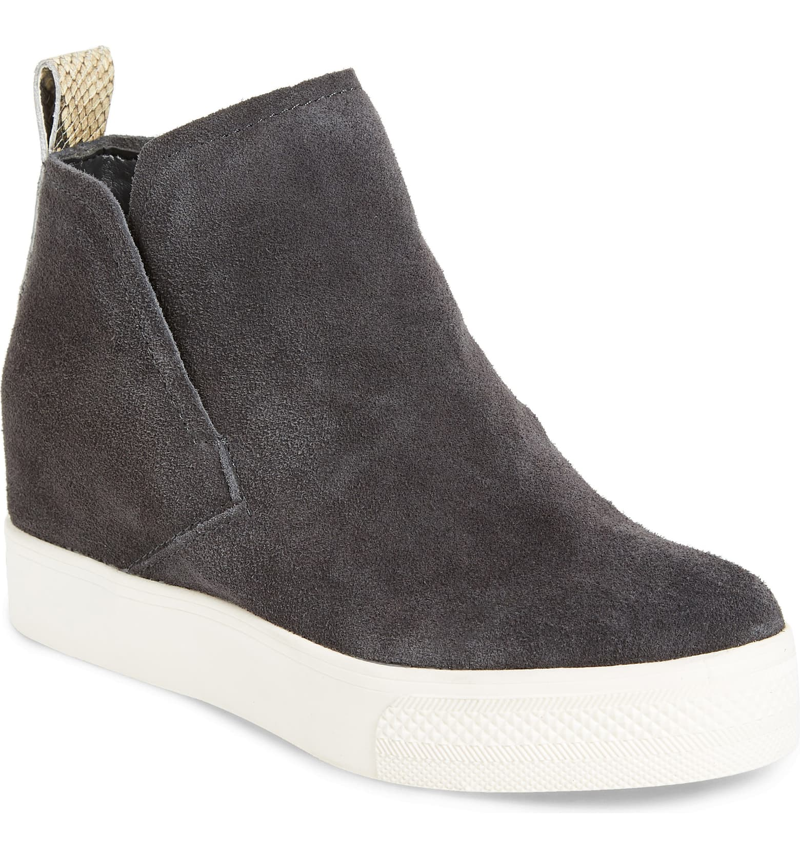 Here are my favorite sneaker boots for fall 2019 trending styles. Check out how cute these are!